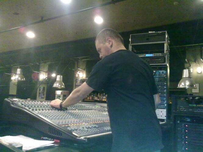 Gabrielli sound checks the band